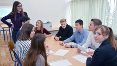 Učenici uspješno vode vježbeničke tvrtke i prodaju proizvode od jabuke i aronije