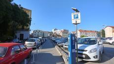Mobilna aplikacija otkriva slobodno mjesto za parkiranje i zove 'pauka'